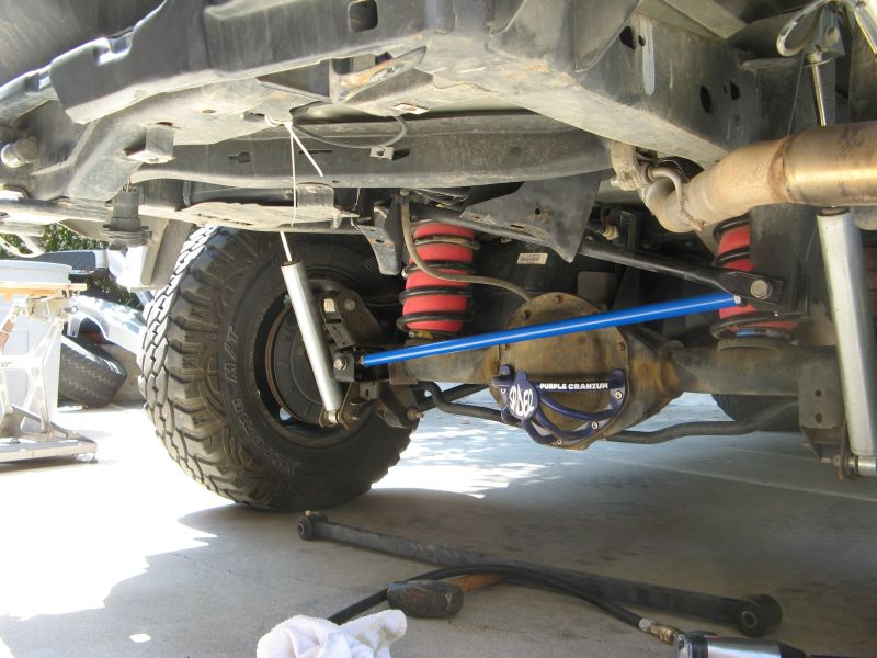 Adjustable Panhard Bar On A Lifted Truck Chevy